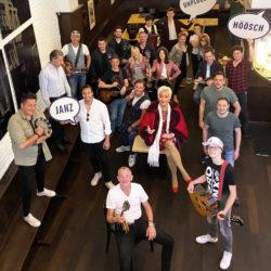 Brauhaus Sion feiert Premiere: Janz höösch und unplugged